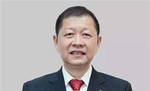 半年两次升任,杨青接棒李绍烛任东风公司总经理